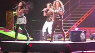 Dig a little deeper- Cheetah Girls concert 10-20-08