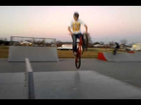 Troy IL Skatepark - Jason D - Wheel Grab