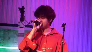 THETOYS - หวง(ห้ามน่ารักได้มั้ย!) (LIVE) @ Tube music bar | Cr.TATAEW