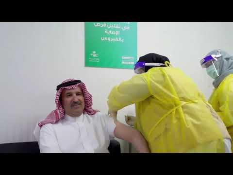 المدينة المنورة : فيصل بن سلمان يدشن مركز لقاحات كورونا ويتلقى الجرعة الأولى
