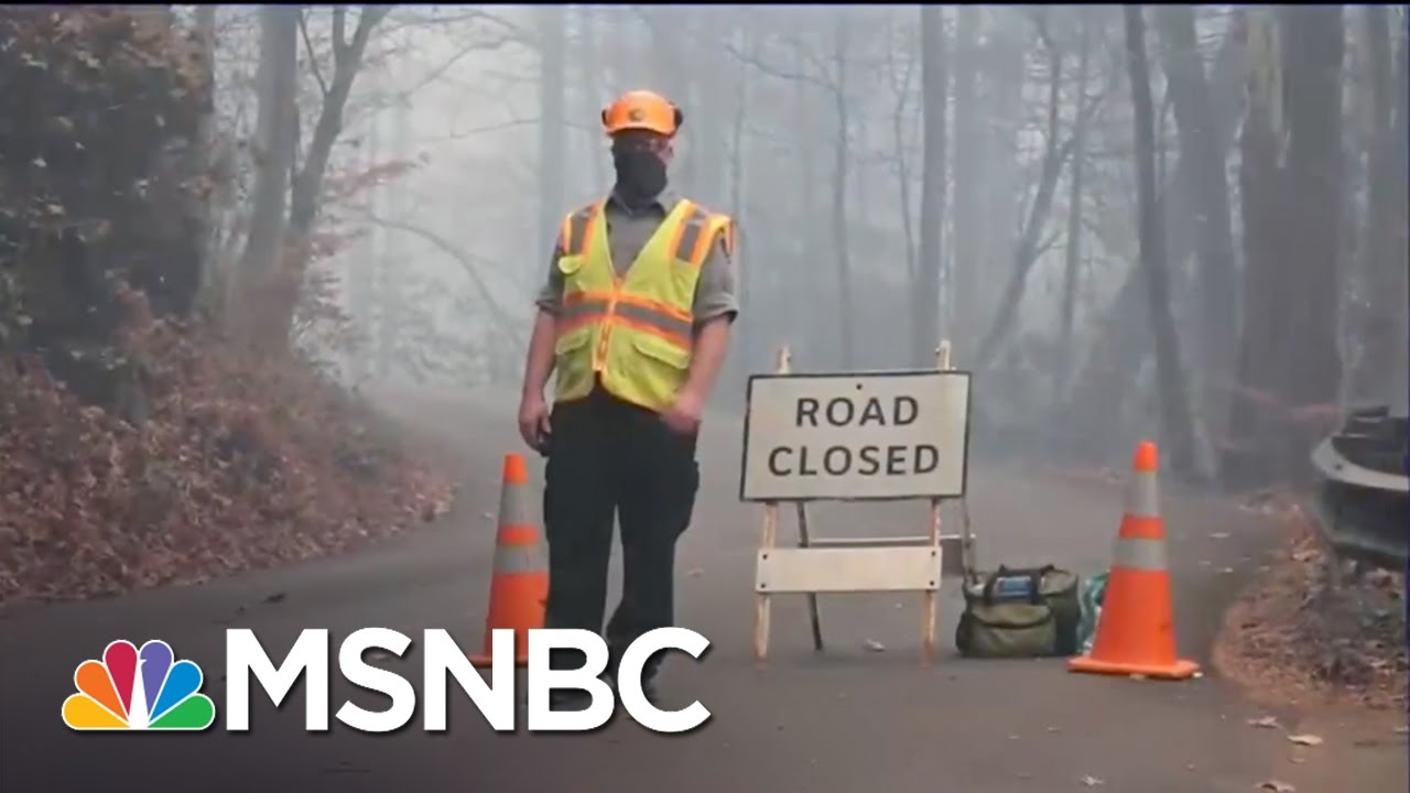 Multiple Cities Under Evacuation In Tennessee | MSNBC thumbnail