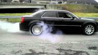 Chrysler 300c SRT8 Burnout