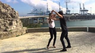 Daniel Santacruz Hello - Javi y Jeiza (impro)