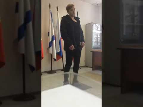 Российский пацифист в военкомате