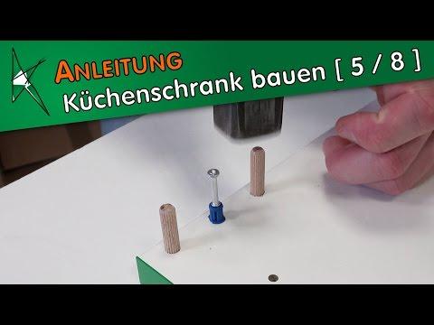 Küchenunterschrank bauen [ 5 / 8 ] - Montage der Korpusteile mit Verbindungsbeschlägen