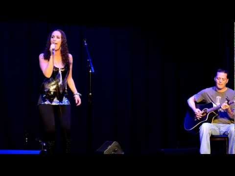 "Katharina Santana sings Adele's ""Rolling in the Deep"" - Live at The Abbey 1-20-2013"