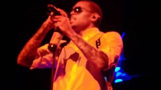Chris Brown Singing Leave The Club