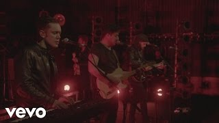 """Mumford & Sons"" - Snake Eyes (Live)"