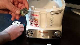 Moulinex Super Uno piept - Timer Batterie wechseln