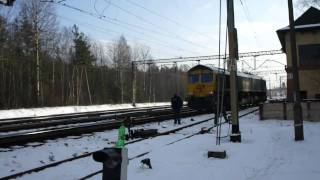preview picture of video '[ Freightliner.pl  ] 66011 luzem manewruje na stacji Kalety. [HD]'