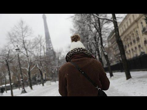 Χιόνια σε πολλές ευρωπαϊκές πόλεις