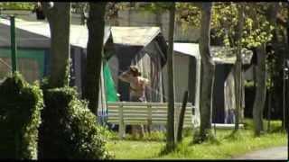 preview picture of video 'Itsasoaz eta mendiaz gozatu, Gran Camping Zarautz kanpinean'