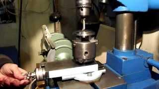 Приспособление для фрезерования шпоночного паза в валу