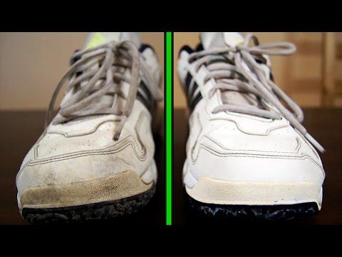 Как очистить обувь и вернуть белоснежный цвет зубной пастой - ЛАЙФХАК