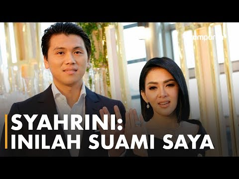 Download Konferensi Pers Syahrini - Reino Barack HD Mp4 3GP Video and MP3