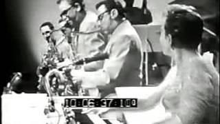 Lord Rockingham's X1  -  Hoots Mon - Stereo remix