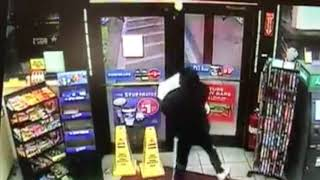 VIDEO: Teen Steals Entire Vape Display From Kangaroo Gas Station