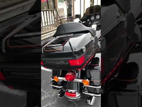 2013 Harley-Davidson FLHTCU ULTRA CLASSIC in Greenbrier, Arkansas - Video 1