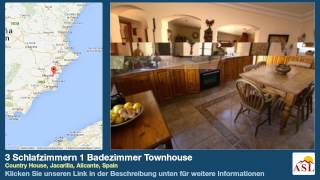preview picture of video '3 Schlafzimmern 1 Badezimmer Townhouse zu verkaufen in Country House, Jacarilla, Alicante, Spain'