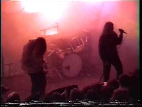 Kyuss - 08 - Gardenia (Live Essen 1995)