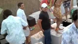 preview picture of video 'Batida de Coco - Fiesta Hawaiana Pedro Juan Caballero'