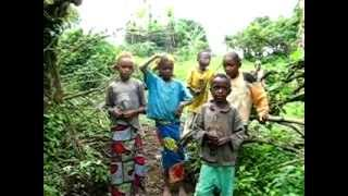 preview picture of video 'CapOcap - 10 - En montagne, au détour d'un chemin entre Melong & Bana, Cameroun'