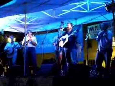 Stuck in the Middle of Nowhere by The Dan Tyminski Band