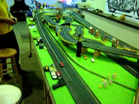 HUGE HO scale TYCO 4 lane Slot car track with train crossings