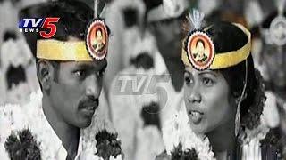 Couples At Mass Wedding Wear Headbands With Jayalalithaa's Photo