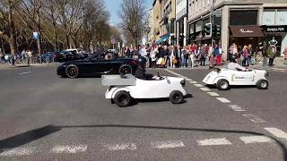 Düsseldorf Sokaklarından Çılgın Auto Show