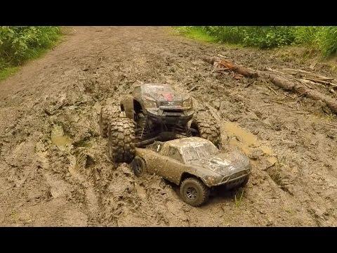 Traxxas X-Maxx & Slash, Mud Bash!