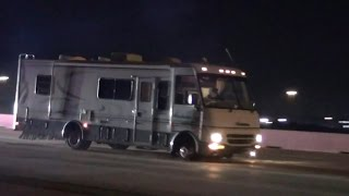Suspect abducts wife, kids before RV chase, cops say