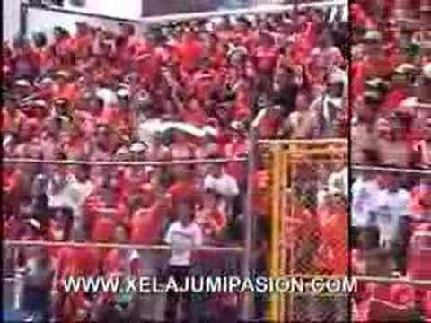 """""""Xelaju MC La Curva, la barra mas antigua de Centroamerica"""" Barra: Sexto Estado • Club: Xelajú"""