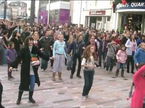 Cork Flashmob Let Mr Blue Sky In | ellmar9 - Nhạc Mp3 Youtube