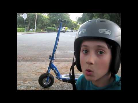 Razor E300 Electric 24 Volt Motorized Ride On Kids Scooter review