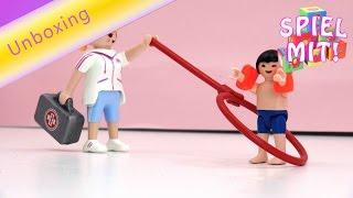 Playmobil Wasserpark deutsch - Bademeisterin und Junge mit Schwimmhilfen
