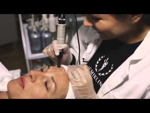 Obeswoschennaja die Gesichtshaut in kosmetologii