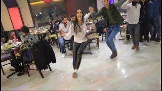 تحميل اغاني شوف البنت اللبنانية بس تمسك الدبكة وتنزل عالأول????شاهد ماذا تفعلDabke Lebanese Girl MP3