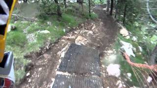 preview picture of video 'La Molina Bikepark obertura 2011'