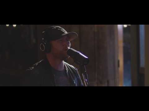 """Cole Swindell - """"Get Me Some Of That"""" (Down Home Acoustic Series)"""