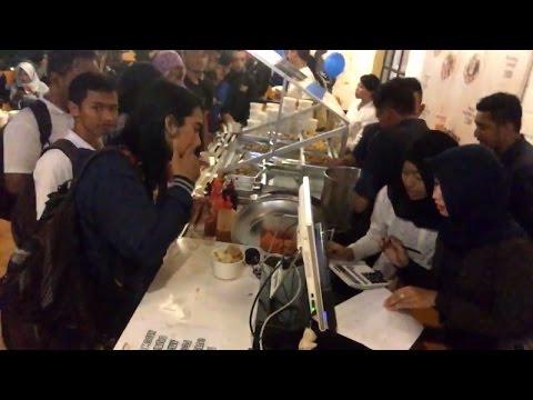 Video VLOG5 Undangan Grand Launching Mangkaling Cafe (Griya Putri Utami) Bagi-bagi 1000 Porsi bakso gratis