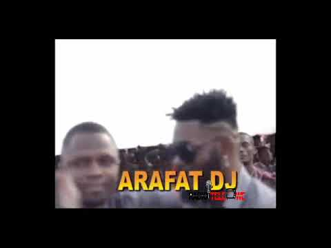 Hommage du peuple Wê à DJ Arafat depuis la place CP1 de Yopougon