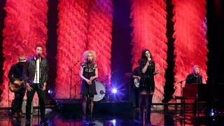 Little Big Town Performs 'Girl Crush'