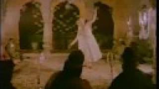Umrao Jaan - In Aankhon Ki Masti (Lyrics) - YouTube