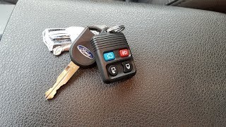 How to program Your Ford Key and key Fob. Mustang GT 05 - 09 demonstration.