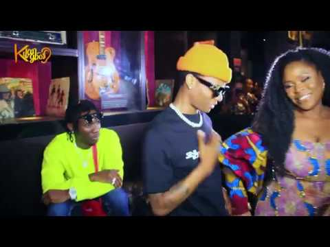 Wizkid hangs out with Omawumi as she blasts Pastor Fatoyinbo and Senator Abbo