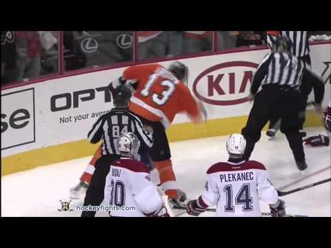 Pavel Kubina vs. Josh Gorges