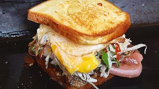 HUGE Street Toast!! Egg Bacon Cheese Toast - Korean Street Food / 석계역 쉑존버거