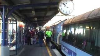 preview picture of video 'Last Northerner Trains at Wellington 12th and 13th Nov 04'