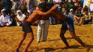 Wrestling competition at Pushkar